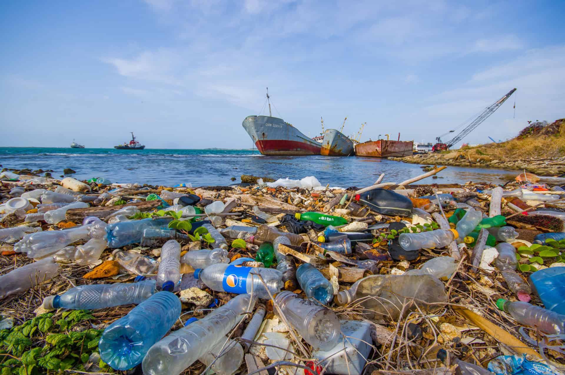 Αποτέλεσμα εικόνας για σκουπιδια στις θαλασσες