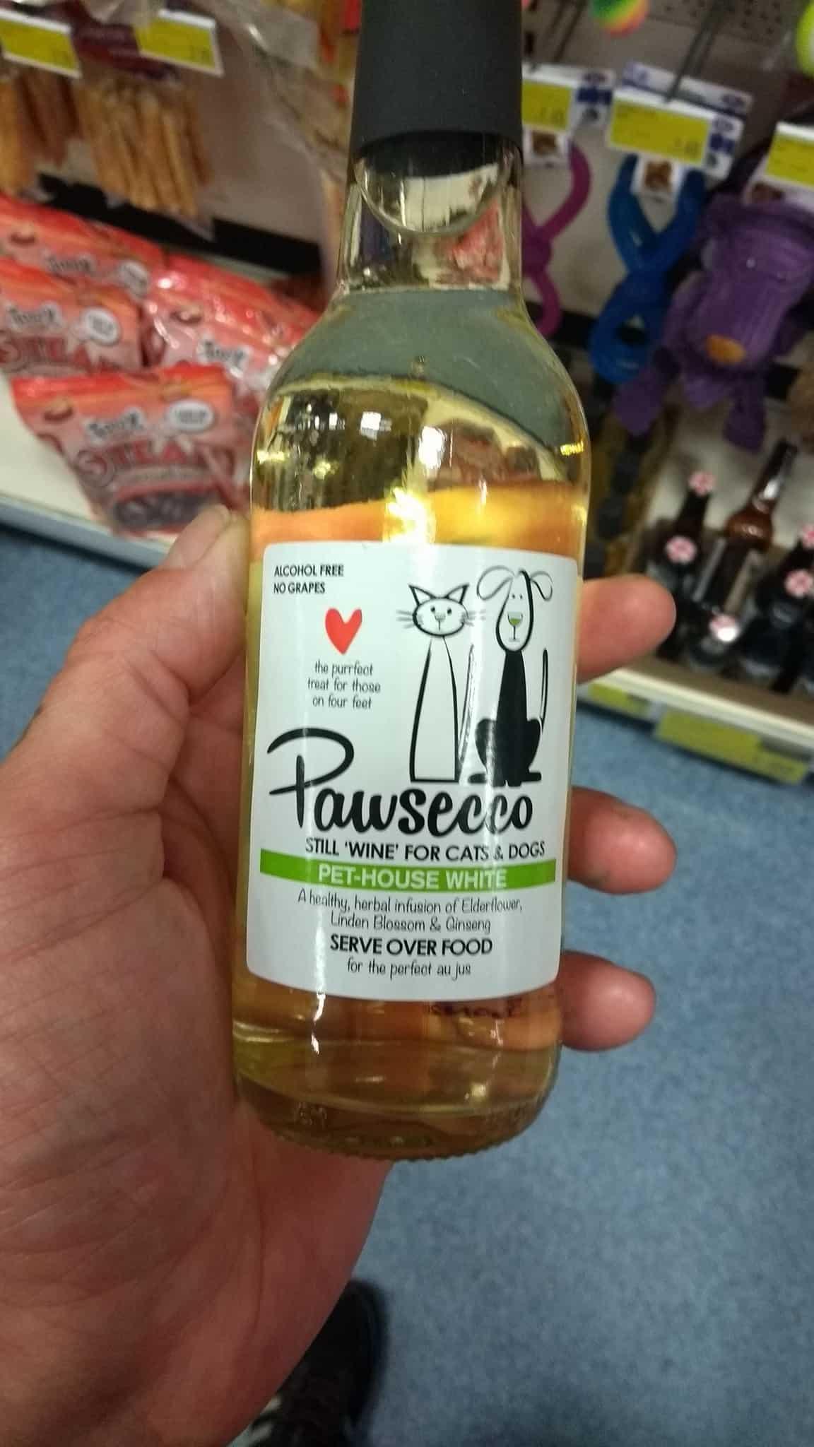 Κρασί για σκύλους και γάτες