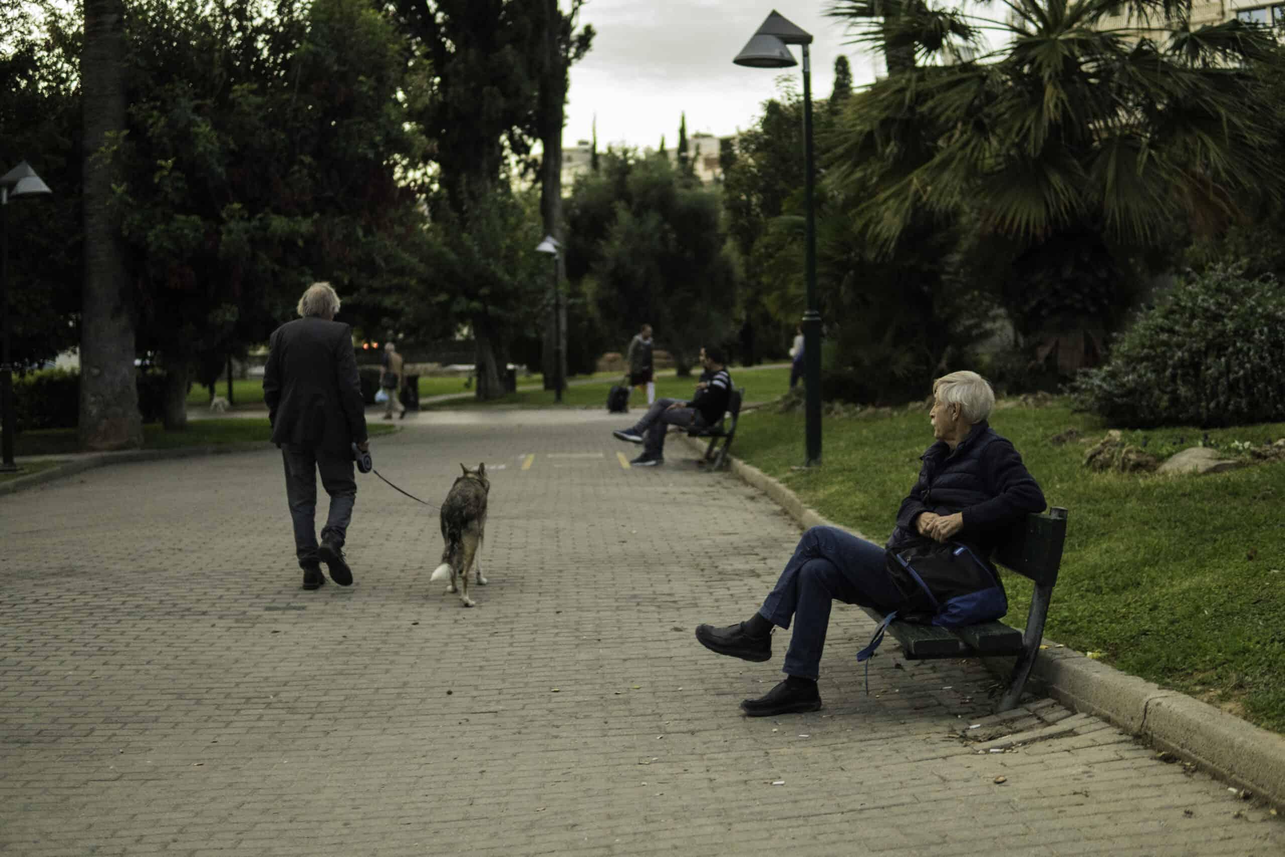 Αθήνα ανθρώπινη πόλη και δημόσιοι χώροι
